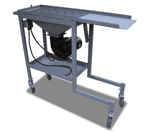 Wózek załadowczy z polem odkładczym i wentylatorem studzącym